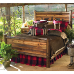 Bear Paw Barnwood Bed w/Bear Carvings - Twin